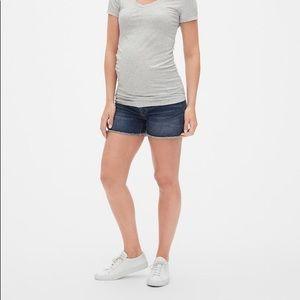 Inset panel denim maternity shorts with raw hem